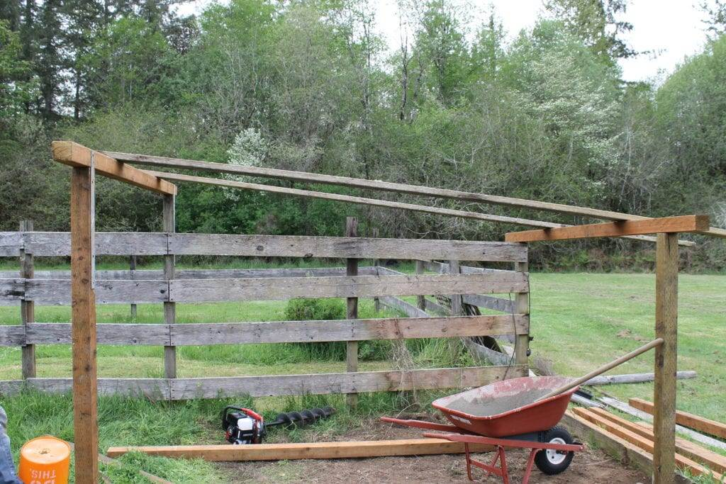 How to build a goat pen